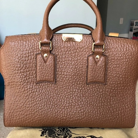 Burberry Handbags - Burberry grain leather brown two toned satchel
